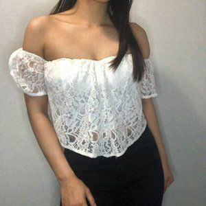 GUESS white sleeveless lace crop top w bustier top
